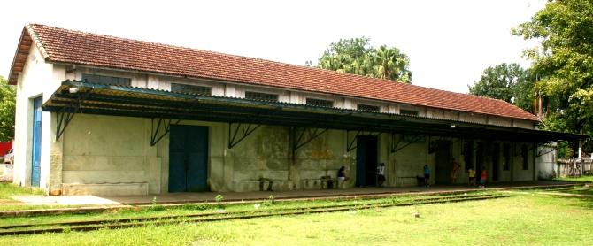 Pedro De Toledo Railway Station